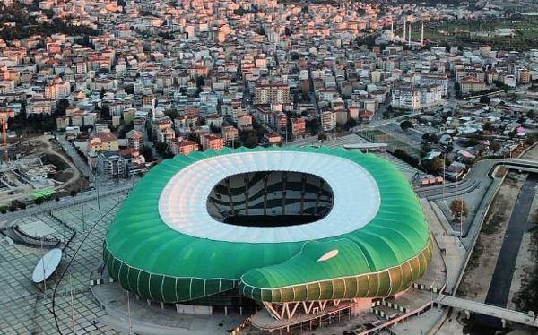 Avcılar Atatürk Stadyumu