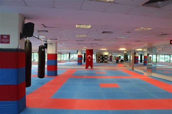 Hidayet Türkoğlu Spor Kompleksi4
