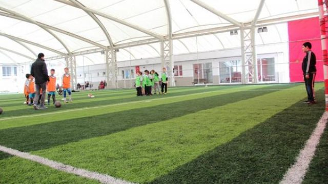 İstiklal Gençlik ve Spor Merkezi